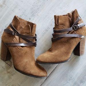 "Carlos Santana | ""Miles"" Cognac Leather Booties"